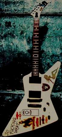 James Hetfields White Flying V Copy